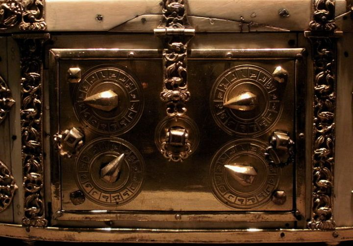 reliquary locks